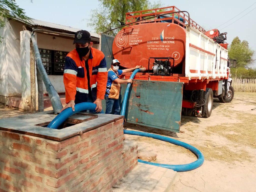 SEN distribuyó víveres y agua en el Chaco - RCC